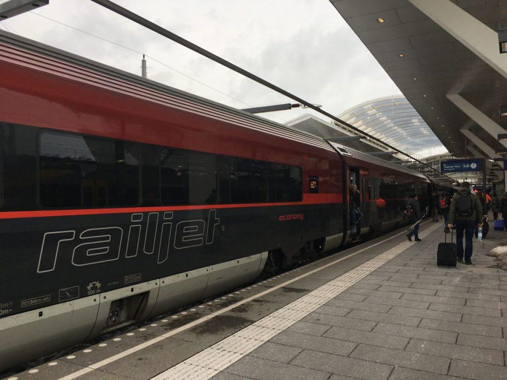 Met de trein naar Wenen